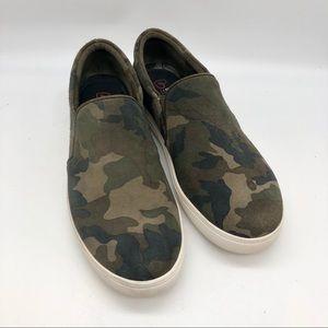 Blondo Camo Suede waterproof slip on sneakers